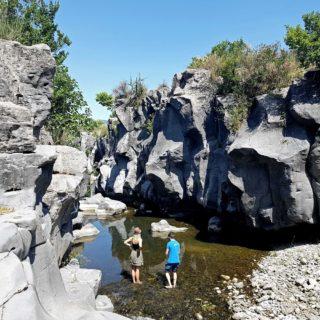 Piccole gole Alcantara fiume - Etna Quad - Alcantara quad tour